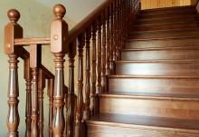 Лестницы из дерева на заказ в Бийске